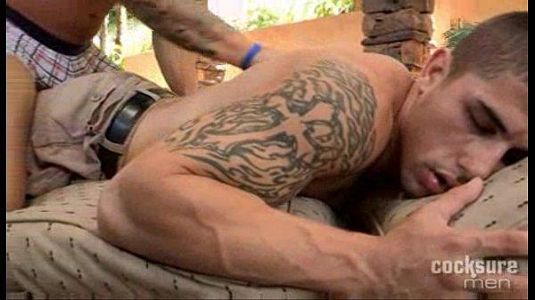 Latinos musculosos tatuados na enrabada violenta anal