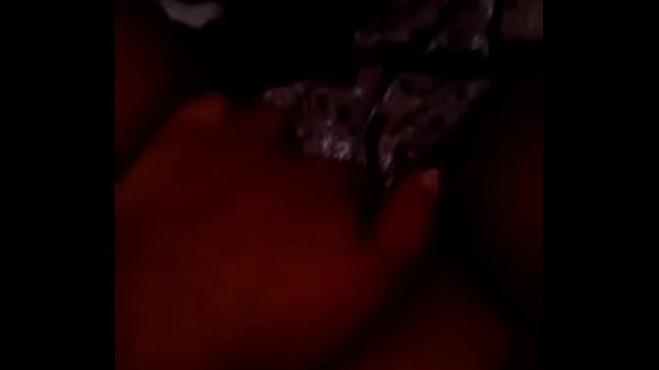 Потные лесбиянки труться лобками