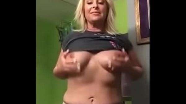 milf shows her cute butthole P - MEGUSTACAMS.COM.mp4