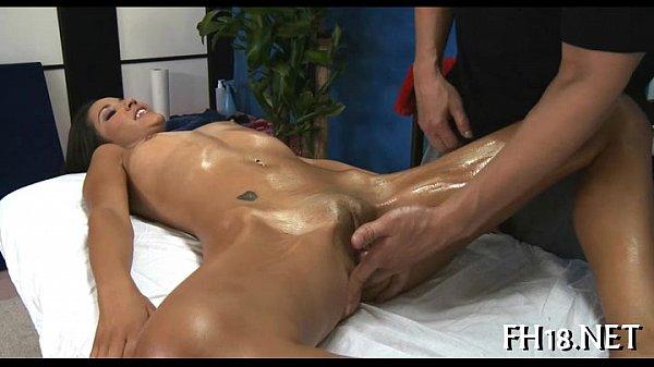 Порно видео большие стоячие сосочки