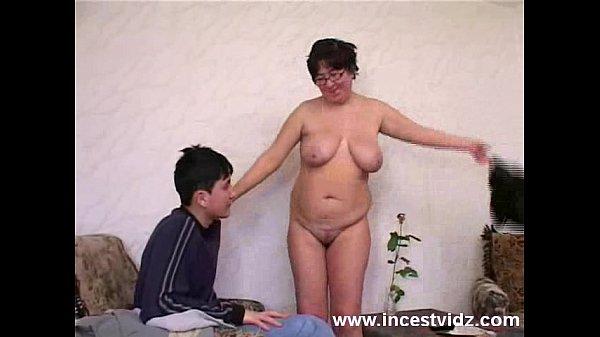 fat mature mom sex kendra wilkinson sex tape lesbian