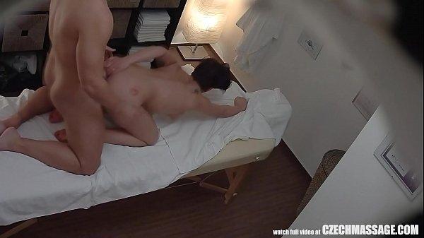 Латекс оттраханая траханье зрелые женщины горячие