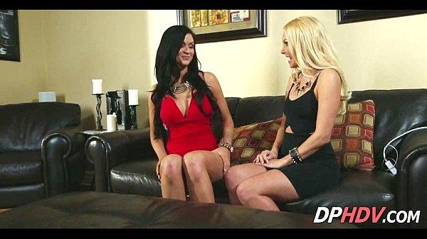 Секс видео на тренажерахгрупповой анальный секс