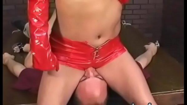 Видио секс лизбиянки в пасьтеле