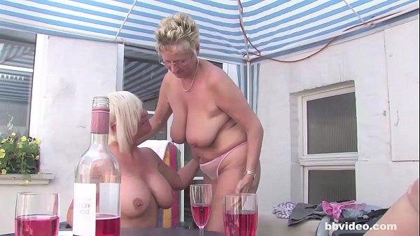 Групповая секс оргия старых лесбиянок