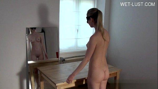 Порно онлайн с самывми молодыми девушками