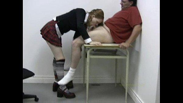 Щкольница мастурбирует фото