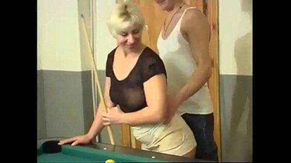 Оргазм зрелых женщин от анала