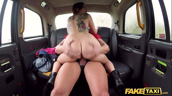 Fake Taxi Drivers son fucks Italian hottie on backseat