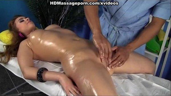 Бландинка большые сиски порно фото