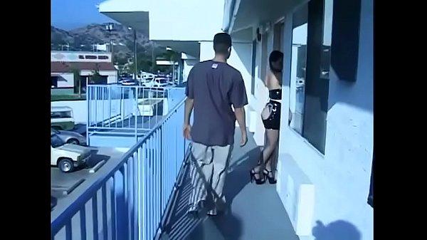 Смотреть секс сын ебеть мать