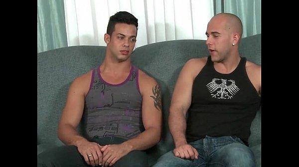 Секс кубинских геев с большим членом