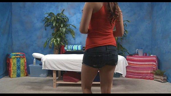 Фото у транса под юбкой