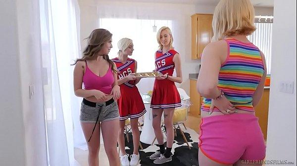Женщины носившие грязные трусики порно