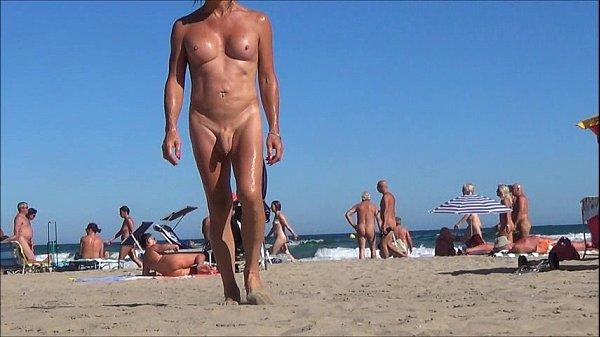 Смотреть миньет нудиском пляже ххх