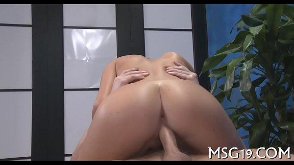Download video bokep Pleased ending massage porn 2019 terbaru