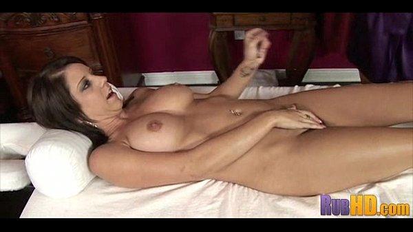 Hot Massage 0148