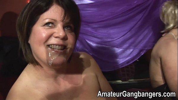 Горячие брюнетки в хорошем качестве порно ролики