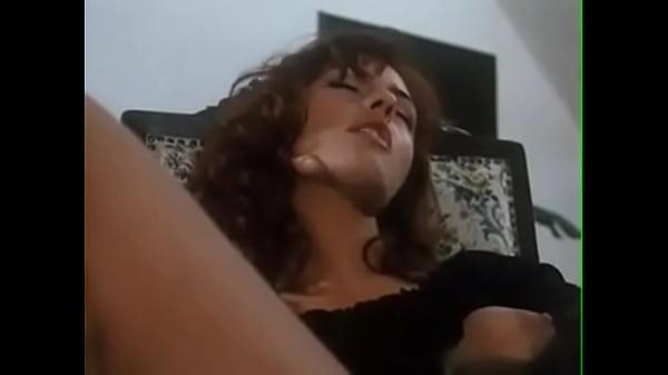 Русское порно сын лижет маме