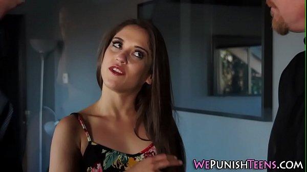 Хенесси удовлитворилась от анального секса