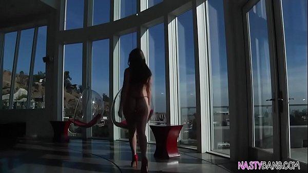 Порно извращенки сиськастые лисбиянки видео