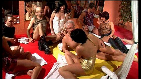 Эротический фильм про свингеров подруга ххх