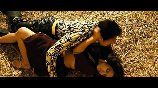Vidya Balan Hot Sex Video: Vidya Balan-The Dirty Picture (2011)-Ooh La La-2