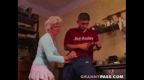 Порно зрелых старых женщин
