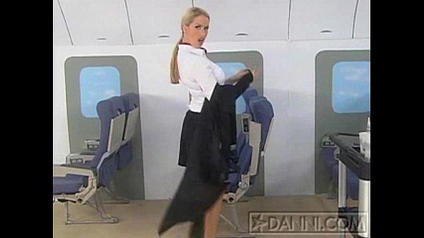 Стюардесса с большими сиськами смотреть онлайн