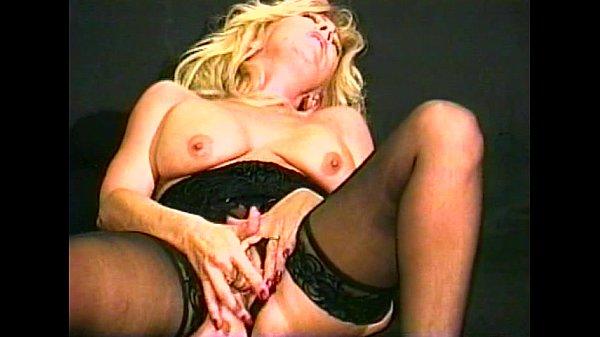 Смотреть порнуху домашний групповой инцест