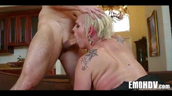 Жесткий русский секс с женой, фотки как ебутся