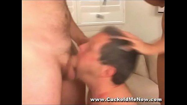Смотреть порно видео жену силой заставили сосать