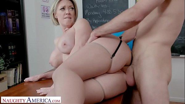 Naughty America - Professor Dee Williams fucks college student