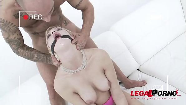 Порно в кінотеатрі відео