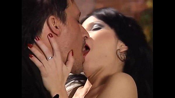 smotret-izvrashenniy-seks-video-porno-pishnoy-zhenshini