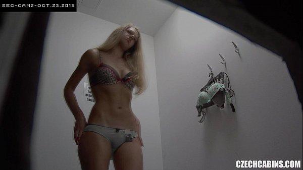 Cam4 câmera no vestiário filma varias garotas nuas vazou xvideo pornor