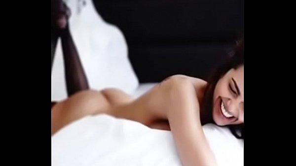 Esha gupta indian celeb hot sex video 2017