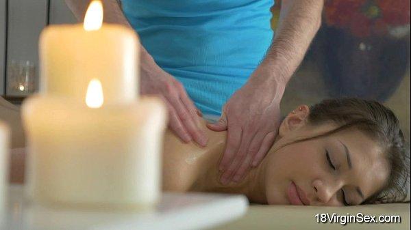 Девственница на эротическом массаже