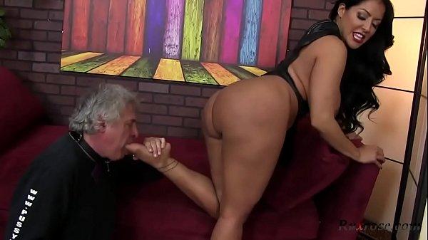 Kiara Mia Foot Fetish