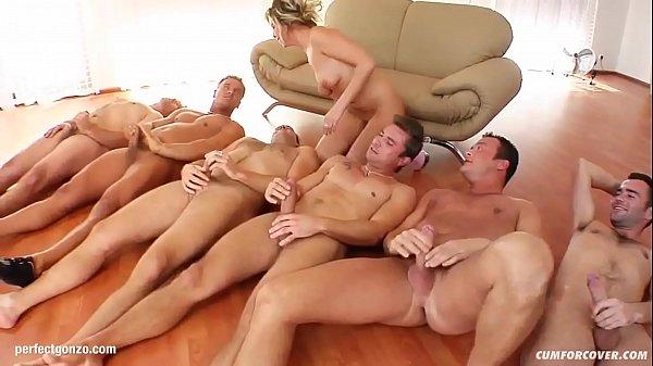 Порно линдси лохан минет