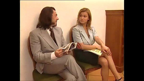 odna-doma-porno-video