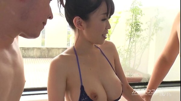 Busty asian boobjon on bath threesome