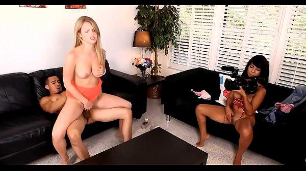 Смотреть хорошенькую порнуху
