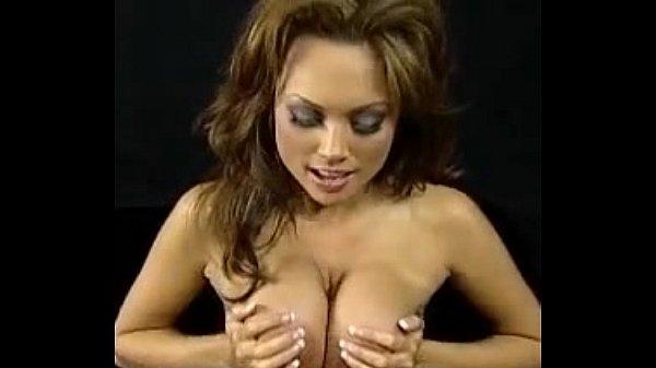 Порно про лесбиянок с игрушками