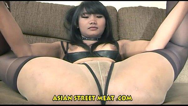 Порно видео с иммитаторами члена