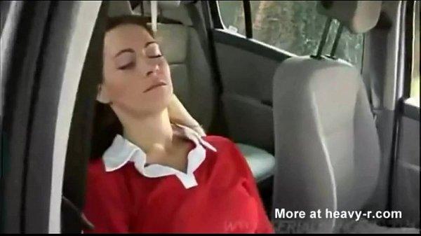 Prinsa Cand Dormea La Munca Si Sa Nu O Dea In Gat O Fute