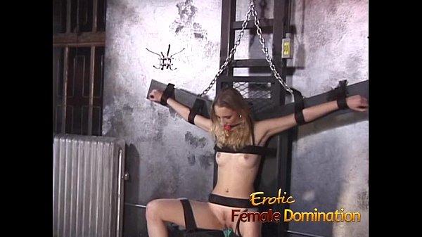 Женская доминация над привязанными
