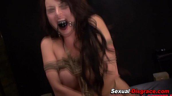 Смотреть видео как девушки в первый раз сосут член