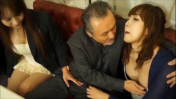 Осмотр девушек у врача видео онлайн порно