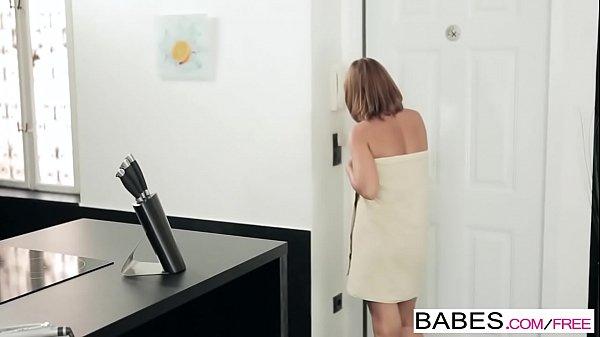 Молодые лезби ебутся порно фото